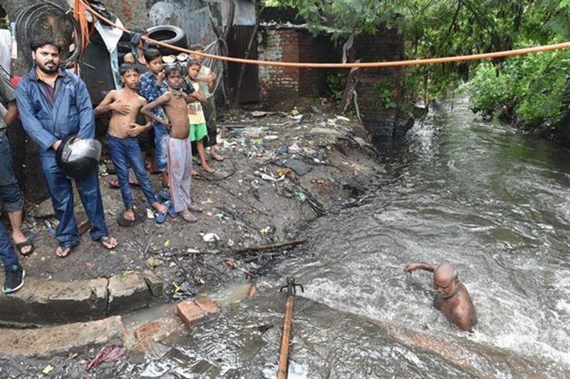 В Индии из-за ливневых дождей погибли 167 человек