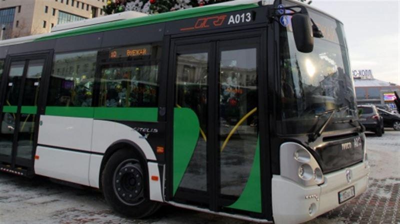 Астанада автобус жүргізушілері 400 мың теңге алуы мүмкін