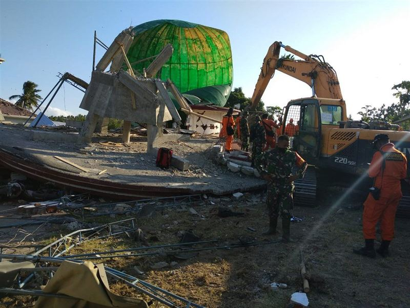 На индонезийском острове Ломбок произошло новое мощное землетрясение