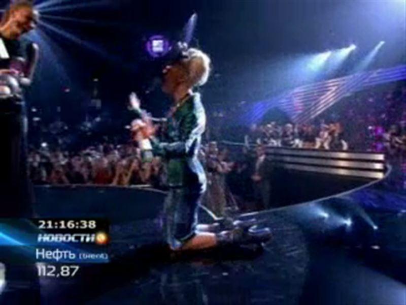 Леди Гага вновь шокирует публику
