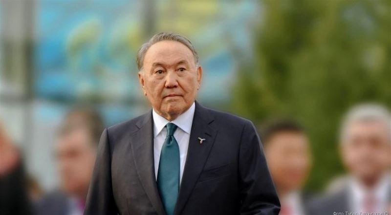 Президент прилетел в Туркменистан