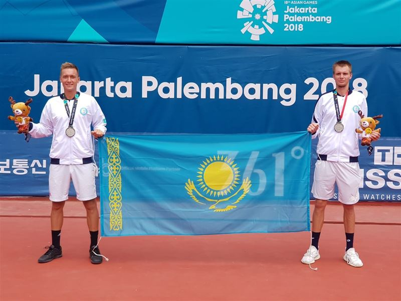 Теннисисты Александр Бублик и Денис Евсеев взяли «серебро» на Азиаде
