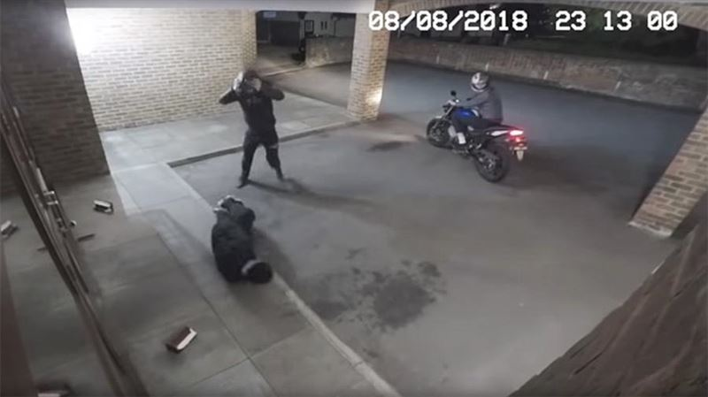 Вор-неудачник нокаутировал напарника кирпичом