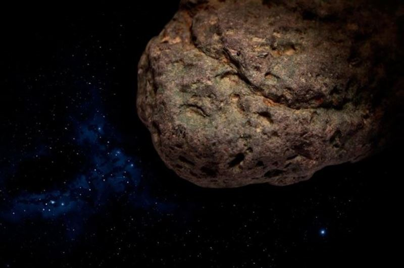 NASA сообщает о приближении огромного астероида к Земле
