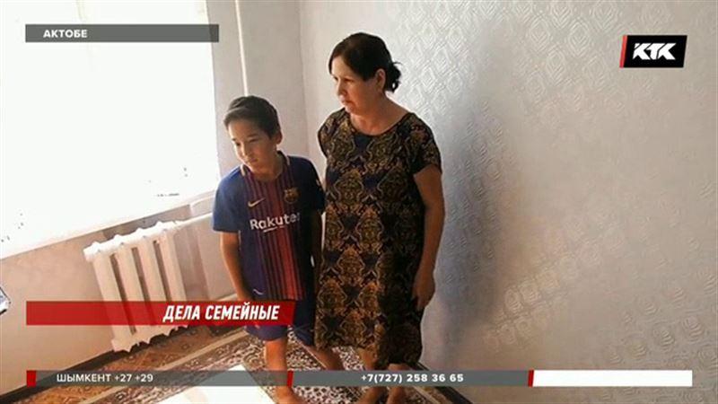 Чтобы мальчик из Актобе получил инвалидность, его отец должен пройти ДНК-тест