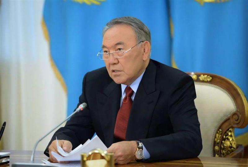 Нұрсұлтан Назарбаев Қырғызстанға сапармен барды