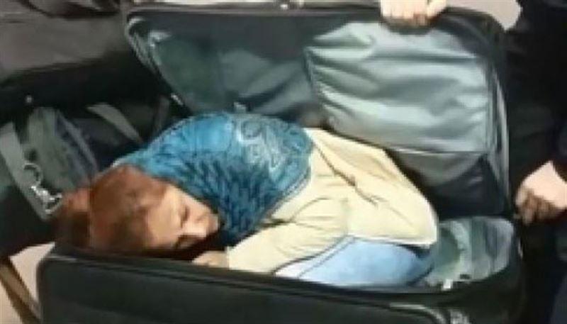 Грузин попытался нелегально провезти женщину в чемодане в Турцию