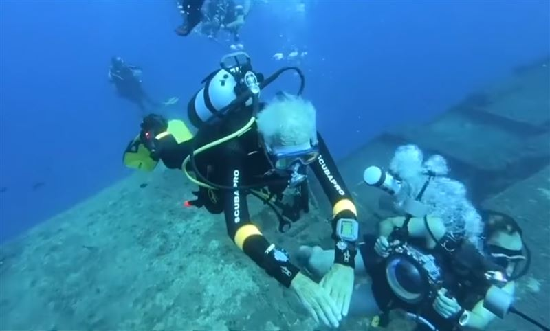 Самый пожилой аквалангист установил новый рекорд