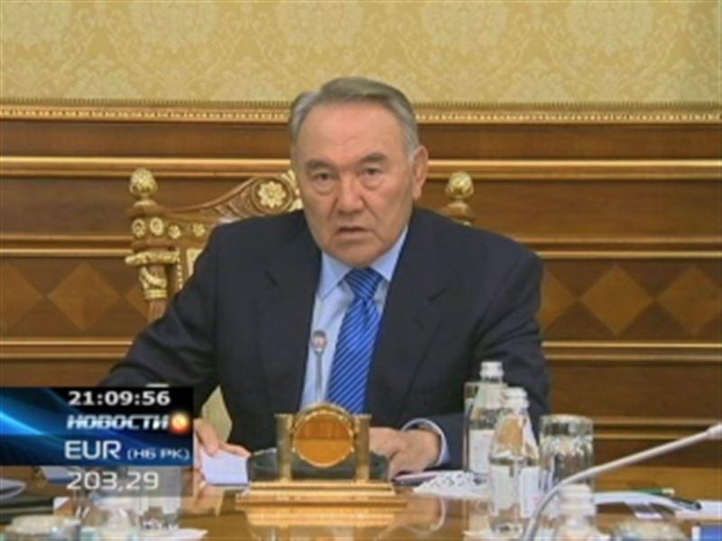 Нурсултан Назарбаев обратился к народу и объявил войну террористам