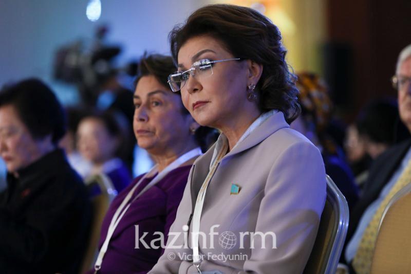 Қазақстанда Ауғанстан жастарына бөлінетін білім гранты қысқарады - Дариға Назарбаева