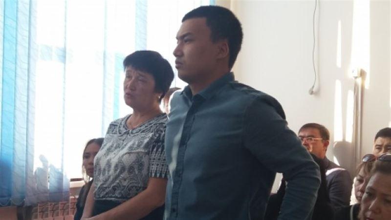 В Актобе перед судом предстали обвиняемые в гибели журналистки в лифте