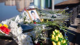 Атырау тұрғындары қызды құтқарамын деп көз жұмған полиция қызметкерін еске алды