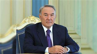 Горжусь, что выбрал эту профессию - Назарбаев поздравил металлургов