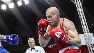 Казахстанский боксер не смог выйти в финал ЧМ по боксу