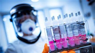 Казахстан готов поставить отечественную вакцину Украине
